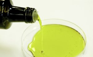 Lek na raka naszych ojców-właściwości oleju z konopii