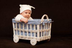 Rozszerzanie diety niemowlaka - jak robić to krok po kroku?