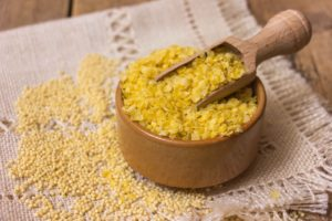 Naturalne jedzenie - 5 najlepszych zastosowań płatków jaglanych