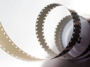 Czy oglądanie filmów może pomóc w walce z depresją?