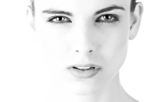 Wady wzroku a rodzaje soczewek kontaktowych