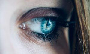 Jak przebiega zabieg laserowej korekcji wzroku?
