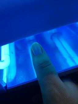 Naga prawda o lampach UV - czy to prawda, że powodują raka?