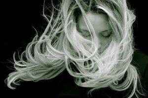 Skuteczna metoda zagęszczania włosów